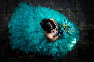 San Diego Quinceanera Sweet 16 Limo Rentals, white limousine, party bus, shuttle, charter, sedan, sweet 16, birthday, transfers, one way, round trip, venue, events, Pink Limo
