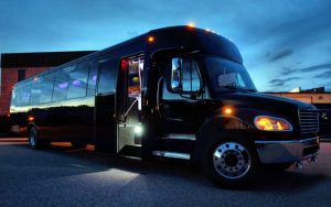 Del Mar Party Bus Rental Services, Limo, Shuttle, Charter, San Diego, North County, Birthday, Winery Tours, Wine Tasting, Brewery Tours, Nightclubs, Downtown Gaslamp, Beach, Race Track, Opening Day