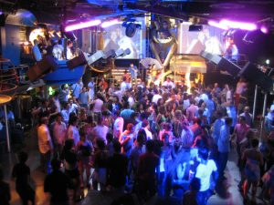 San Diego Nightclub Limo Services, Downtown Gaslamp Quarter, Limousine, Party Bus, Shuttle, Guest List, VIP Passes, Discount Bottle Service, Hard Rock, Omnia, Fluxx, Bassmnt, Parq, Onyx